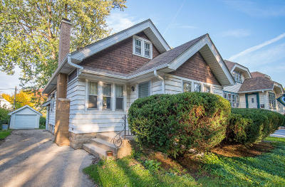 Wauwatosa Single Family Home For Sale: 2441 N 67th St