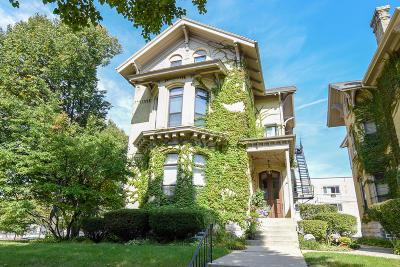 Milwaukee Condo/Townhouse For Sale: 904 E Pleasant St #3