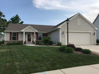 Jackson WI Single Family Home For Sale: $329,900