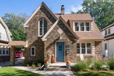 Milwaukee County Single Family Home For Sale: 4930 N Cumberland Blvd