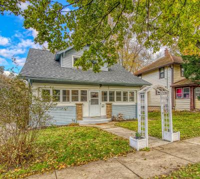 Waukesha Single Family Home Active Contingent With Offer: 217 N Racine Ave