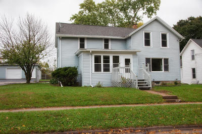 Jefferson County Single Family Home Active Contingent With Offer: 515 S High St