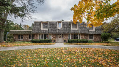 Waukesha County Single Family Home Active Contingent With Offer: 1780 Brojan Dr