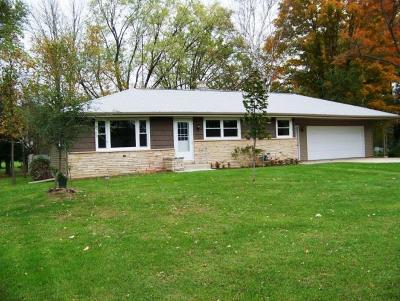 Ozaukee County Single Family Home For Sale: W4172 Center St