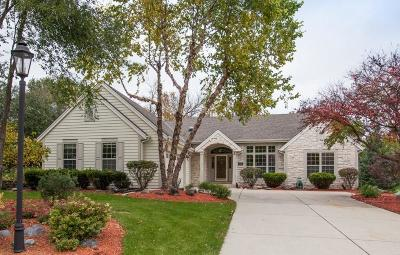 Waukesha County Single Family Home Active Contingent With Offer: N48w16388 Lone Oak Ln