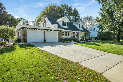 West Allis Single Family Home For Sale: 12023 W Holt Ave