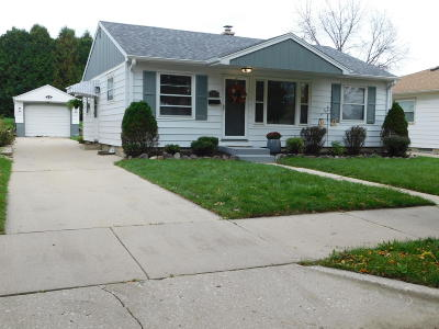 Milwaukee Single Family Home For Sale: 3843 S 54th #St