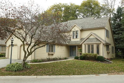 Brookfield WI Condo/Townhouse For Sale: $349,900