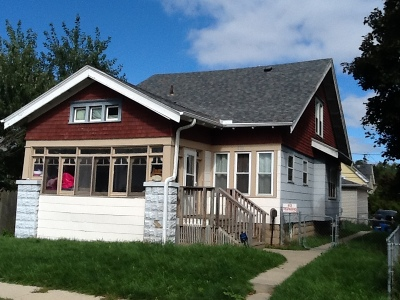 South Milwaukee Single Family Home For Sale: 820 Monroe Ave