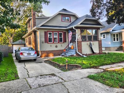 Kenosha County Single Family Home For Sale: 7114 24th Ave