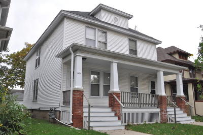 Racine County Two Family Home Active Contingent With Offer: 1432 Quincy #1434