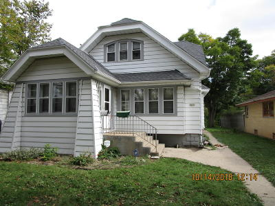 Milwaukee County Single Family Home For Sale: 5650 N 36th St