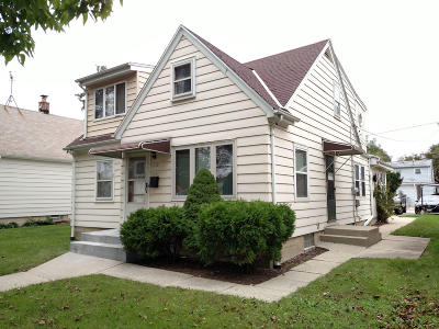 Milwaukee Single Family Home For Sale: 3812 S 16th St