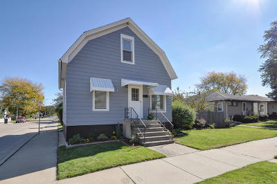 Racine Single Family Home For Sale: 3459 Tenth Ave