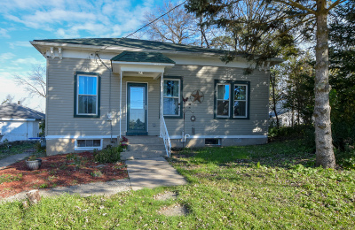 Racine County Single Family Home For Sale: 17930 Old Yorkville Rd
