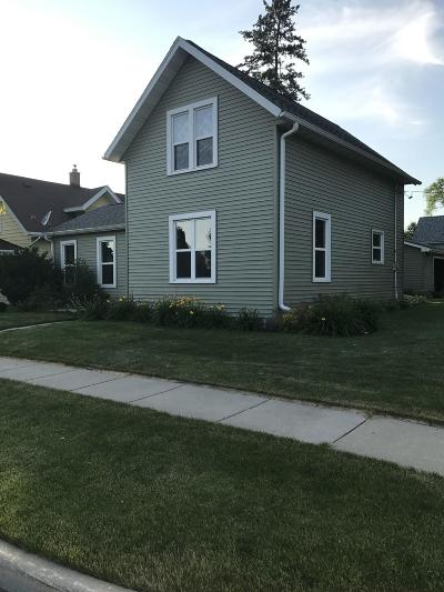 Single Family Home Sold: 518 E Maple St