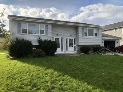 Waukesha County Two Family Home For Sale: 152 Stephan Ct #154