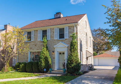 Wauwatosa Single Family Home For Sale: 2616 N 91st St