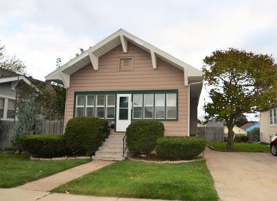 Kenosha County Single Family Home For Sale: 7107 38th Ave