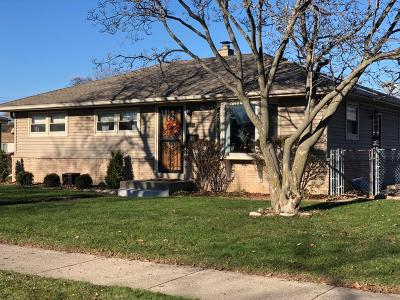Milwaukee County Single Family Home For Sale: 7428 W Burdick Ave