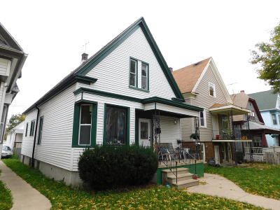 Milwaukee County Two Family Home For Sale: 1418 W Hayes Ave #1418A