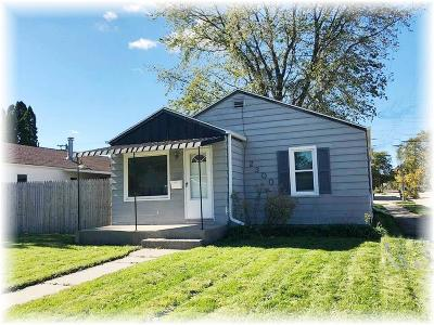 Racine County Single Family Home For Sale: 2300 Monroe Ave