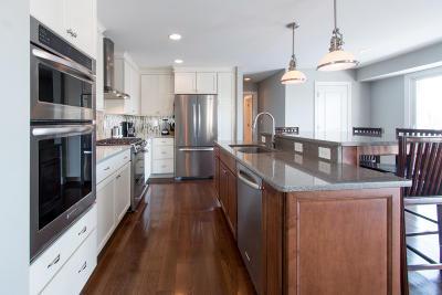 Fontana Single Family Home For Sale: 914 Tarrant Dr