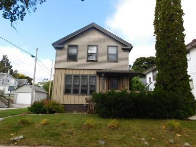 Sheboygan Single Family Home For Sale: 1950 N 5th St