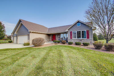 Germantown Single Family Home Active Contingent With Offer: W173n10200 Woodbridge Ln