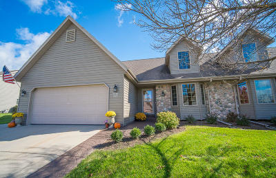 Jackson WI Condo/Townhouse For Sale: $279,900