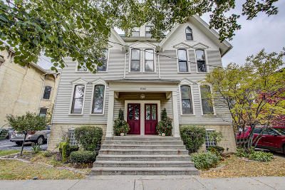Milwaukee WI Condo/Townhouse For Sale: $169,900
