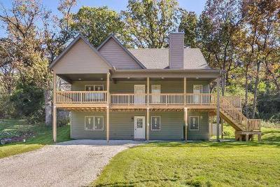 Racine County Single Family Home For Sale: 34221 Hillside Dr