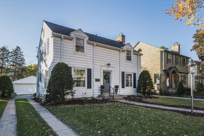Whitefish Bay Single Family Home Active Contingent With Offer: 5127 N Shoreland Ave