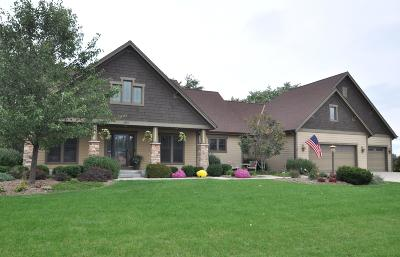 Oak Creek Single Family Home For Sale: 800 E Oak Ln