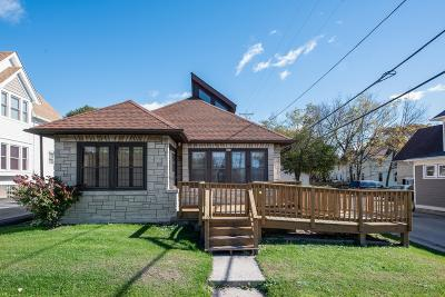West Bend Single Family Home For Sale: 425 North St