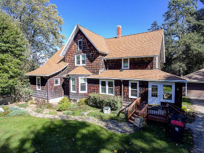 Dousman WI Single Family Home For Sale: $399,900