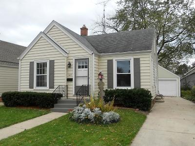 Racine County Single Family Home For Sale: 829 Wolff St