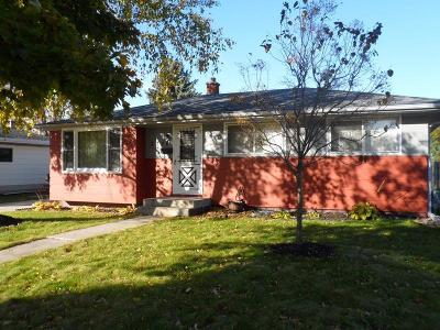 Sheboygan Single Family Home For Sale: 3026 S 21st St