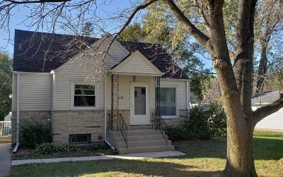 Brookfield Single Family Home Active Contingent With Offer: 1185 Adelmann Ave