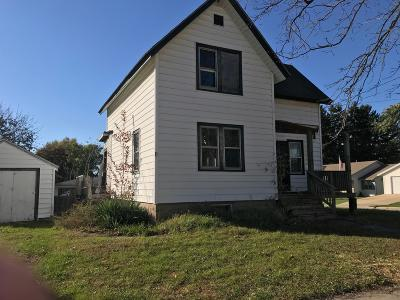 Watertown Single Family Home For Sale: 1400 Dakota St