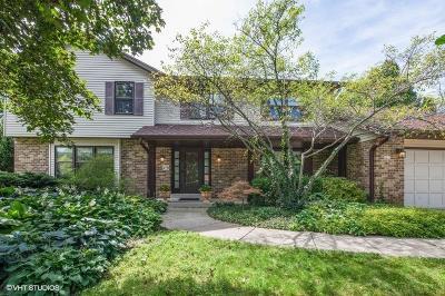 Hales Corners Single Family Home For Sale: 5237 Robinwood Ln