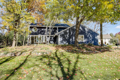 New Berlin Single Family Home For Sale: 12780 W Weatherstone Ct
