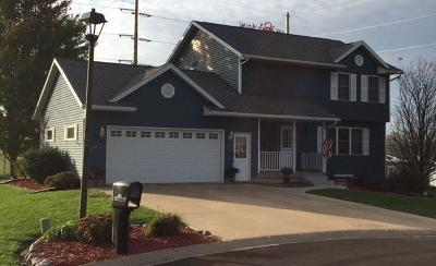 Vernon County Single Family Home For Sale: 805 Dionne Ln