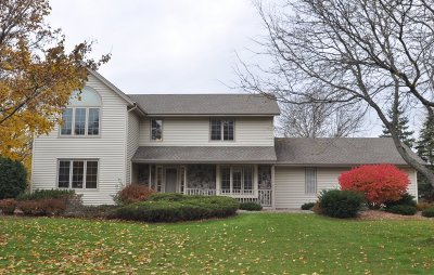 Germantown Single Family Home Active Contingent With Offer: W160n10777 Hidden Glen Ln