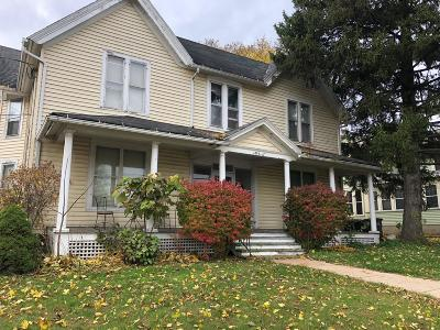Lake Mills Multi Family Home For Sale: 217 W Madison St