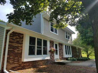 Lisbon Single Family Home Active Contingent With Offer: N65w26677 Hillcrest Cir