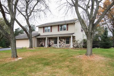 Delafield Single Family Home For Sale: W316s725 Hidden Holw