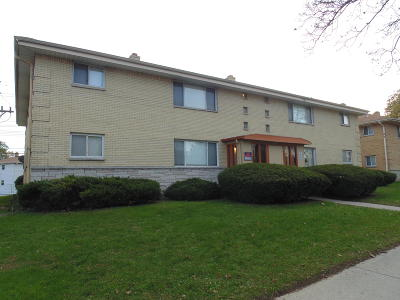 Milwaukee Multi Family Home Active Contingent With Offer: 7731 W Hampton Ave