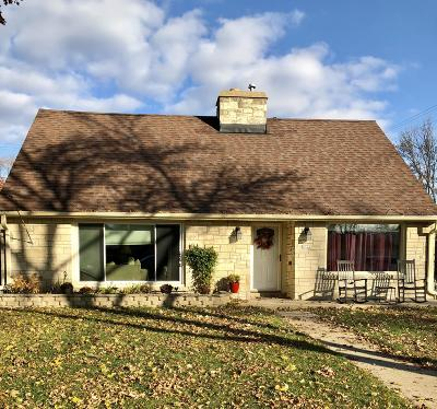 Milwaukee Single Family Home For Sale: 2722 N 90th St