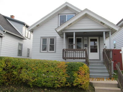 South Milwaukee Single Family Home For Sale: 1213 Monroe Ave